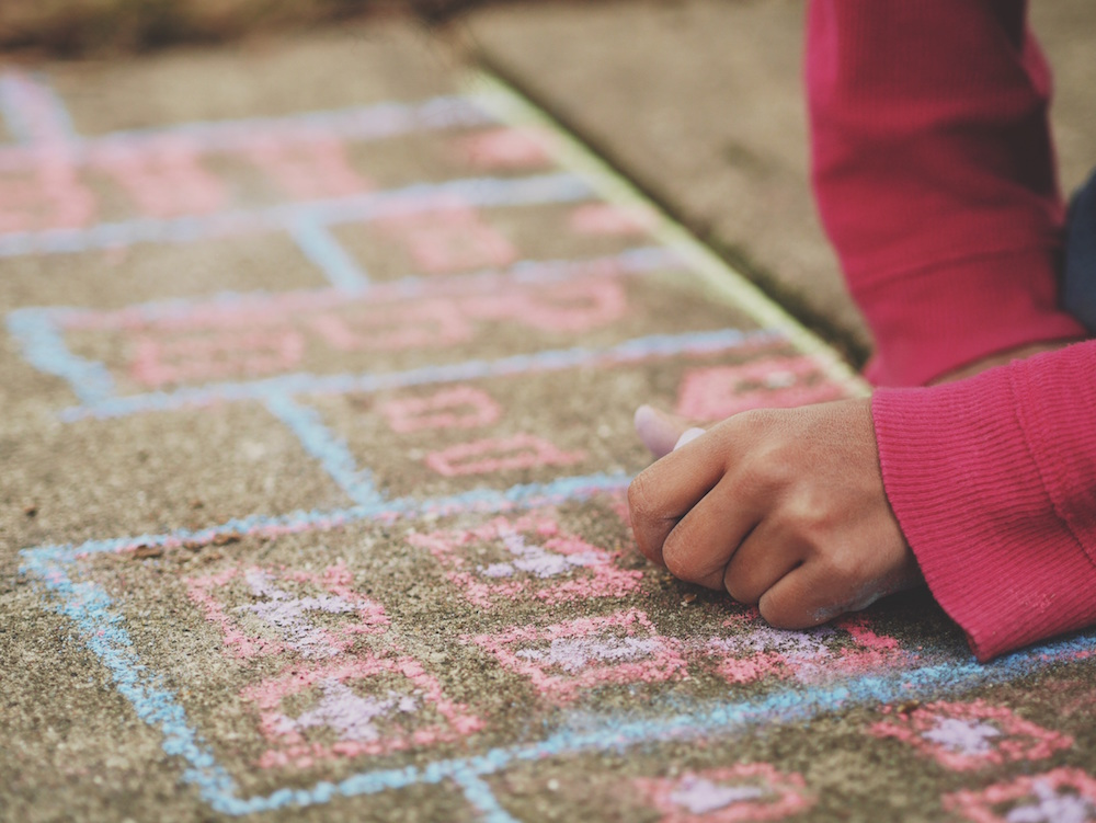 Guest Post | Fun & Educational Games for Children to Play Outside