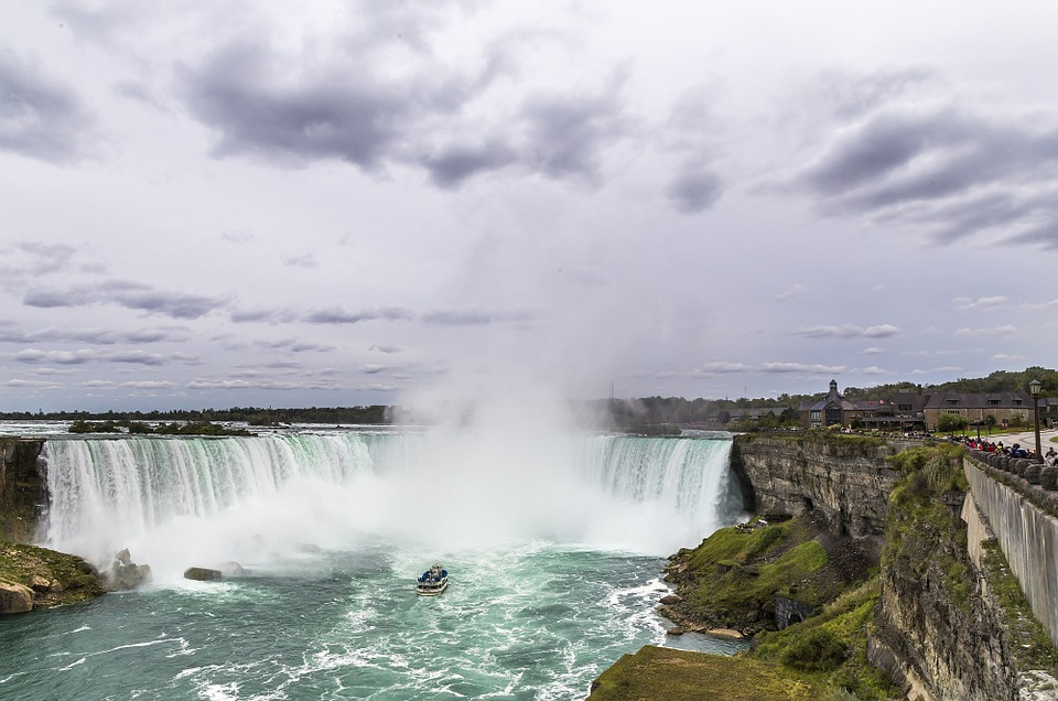 Why you should visit Niagara Falls this summer