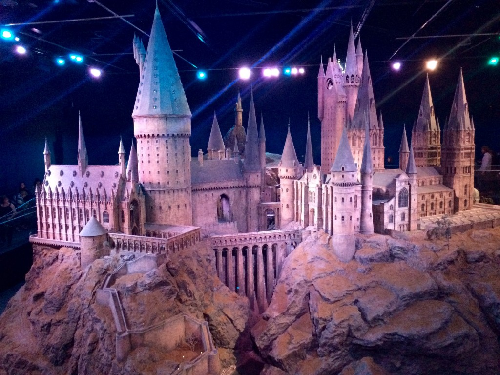 Our Weekend: Birthday, Burgers, Cupcakes and the Warner Bros. Studio Tour