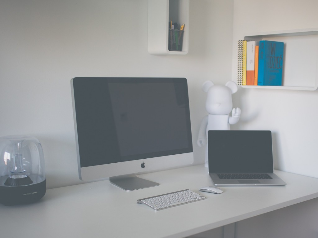 How to Declutter Your Home Office in an Afternoon