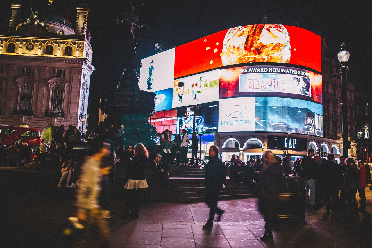 piccadilly-circus-926802_1280