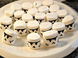 Storm-Trooper-Cupcakes-6