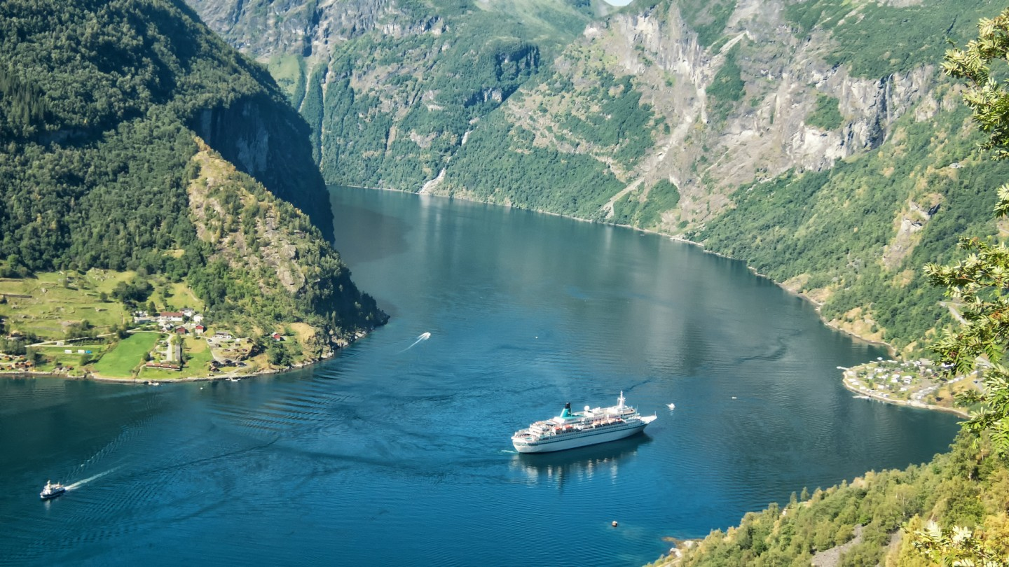 Unmissable Experiences in Norway