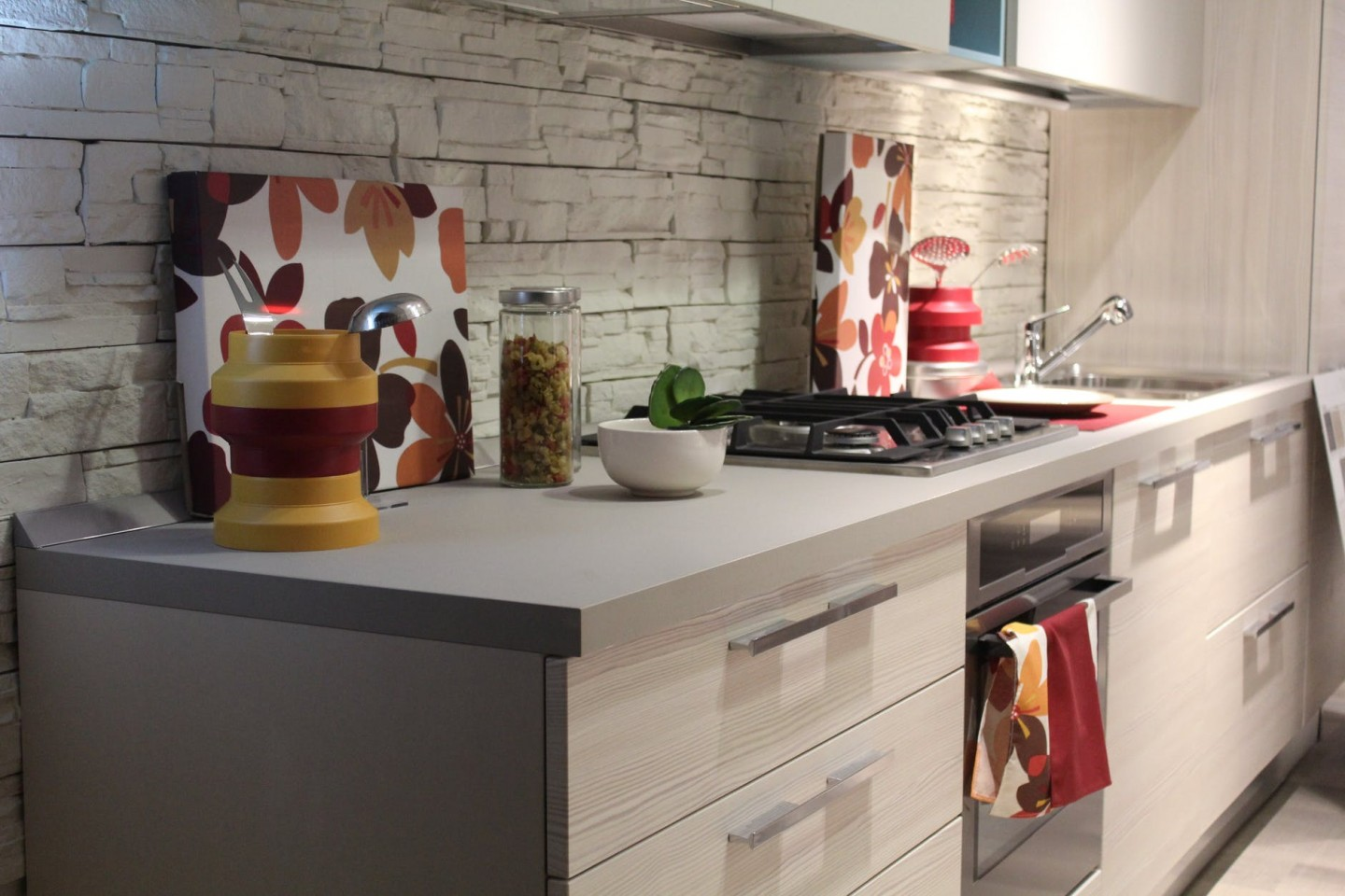 Simple Ways To Style Your Kitchen and Make It More Saleable