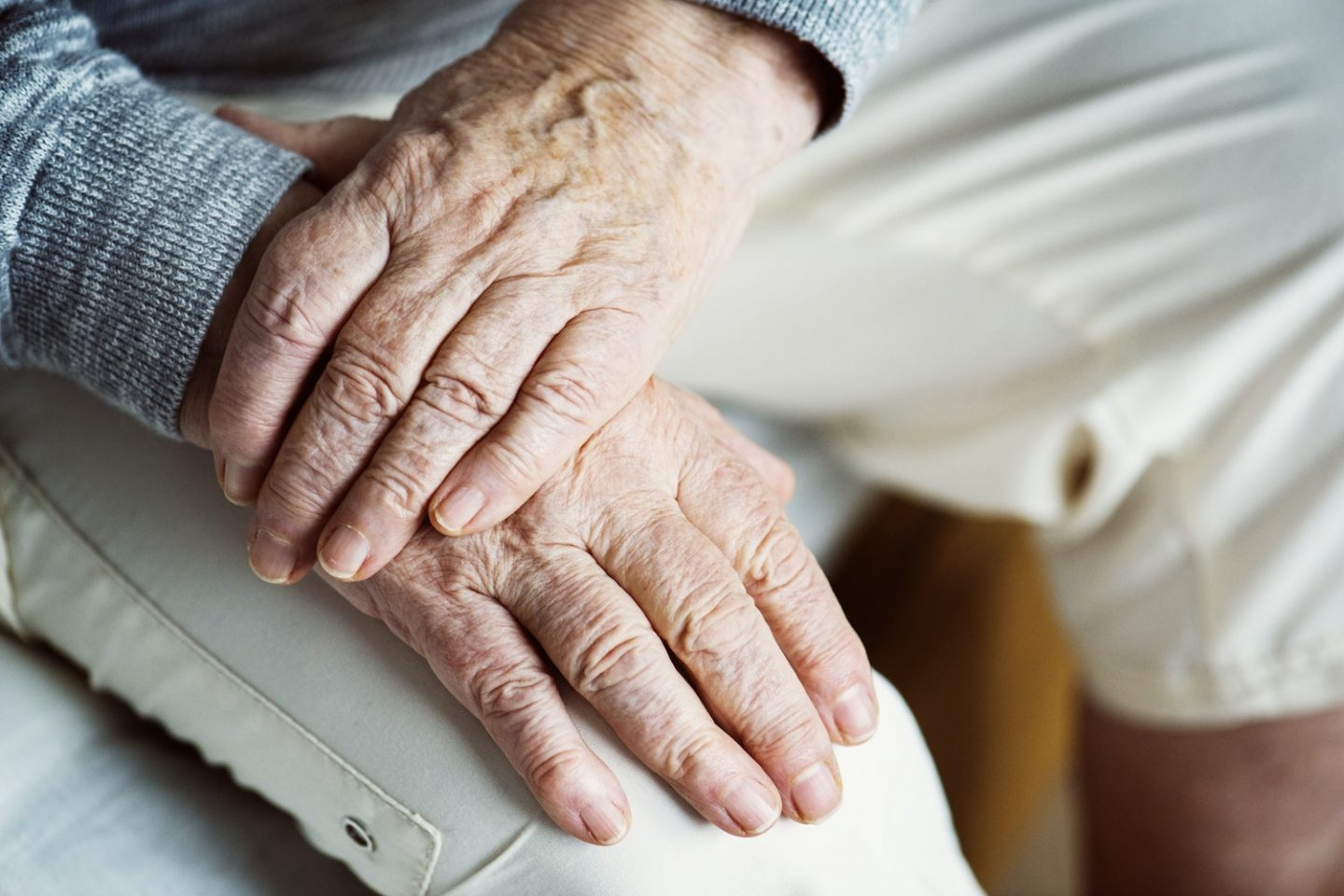 Maintaining a Healthy Relationship with Your Parents as They Age