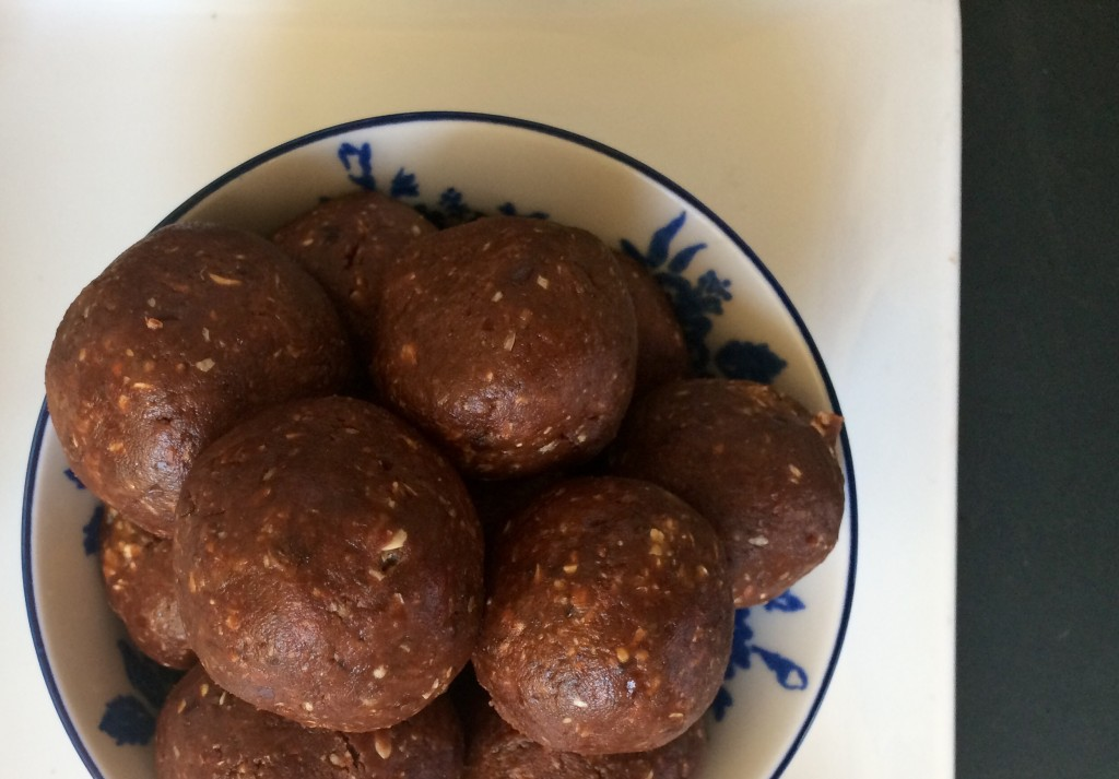 Indulgent Raw Peanut Butter and Chocolate Truffles