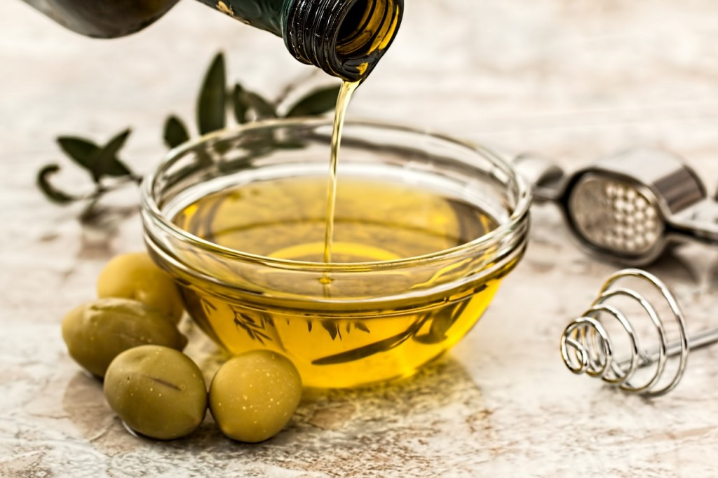 The Benefits of Various Cooking Oils and Why Some Are Best Served Cold