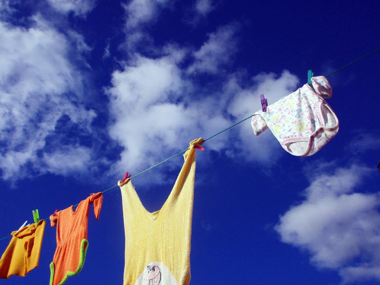 clothes-line-2205055_1280