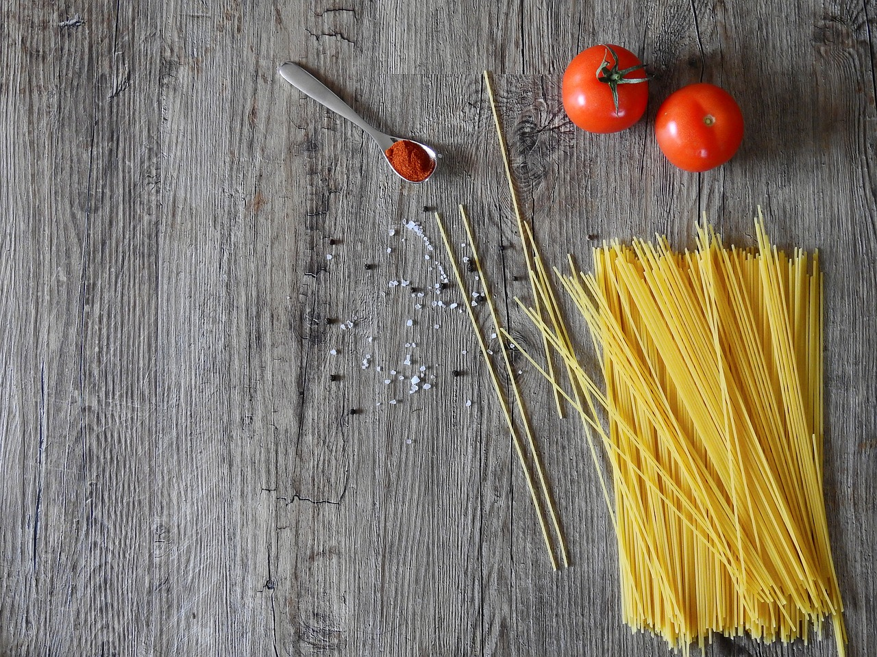 Family Meals: Chipolata, Broccoli & Chilli Noodles