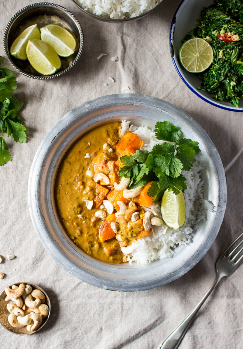 pumpkin-coconut-curry-top-down-800x1150