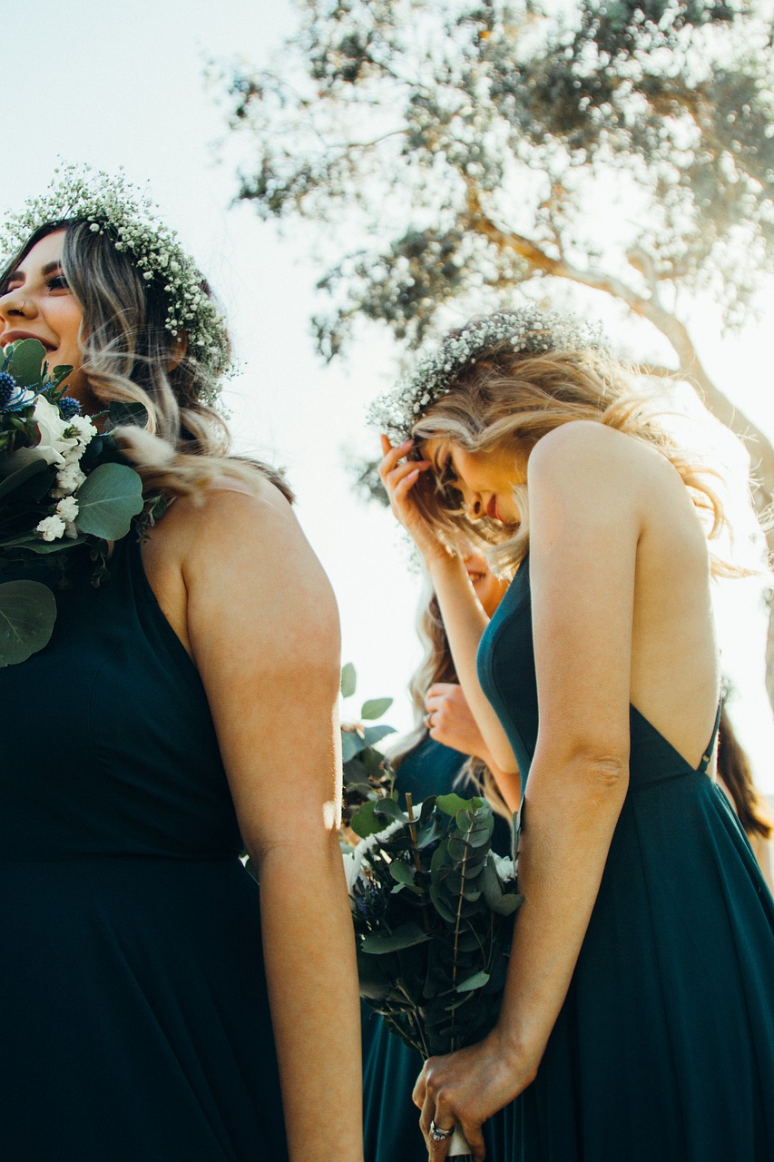 Different types of bridesmaids – which ones are in your bridal party?