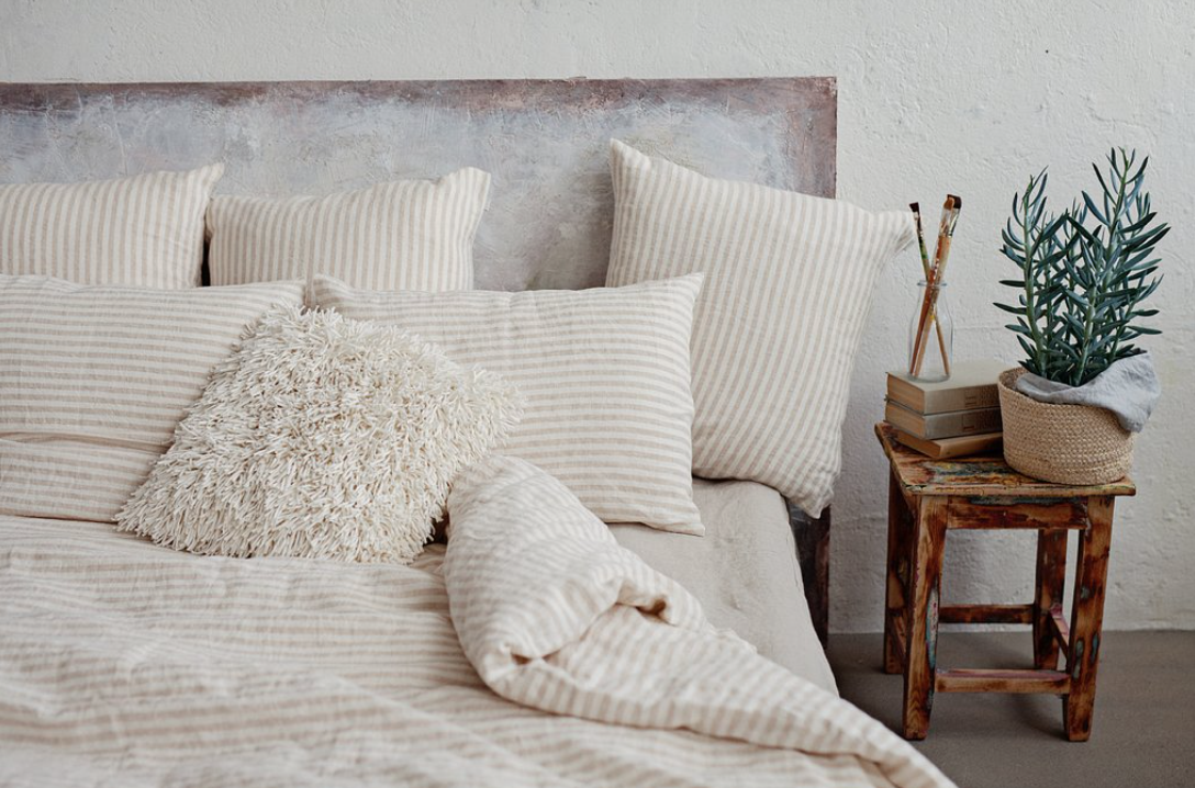 Keeping Cool: Linen Bedding from MagicLinen.com