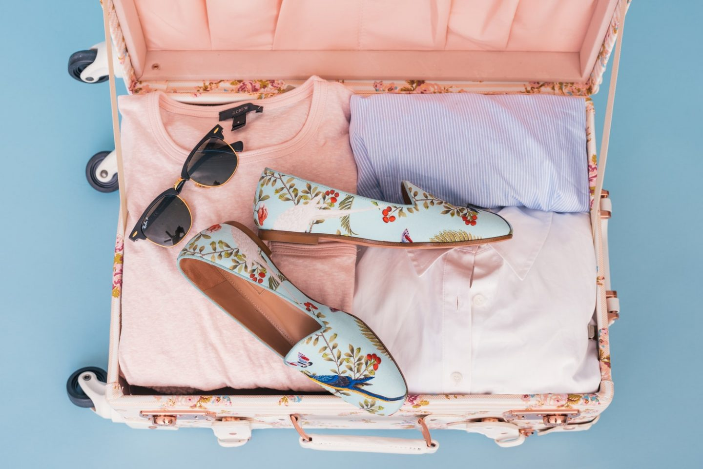 Four Things You Need to Take with You When You Travel