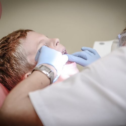 pain armchair dentist suffering
